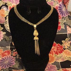 🌼70s🌼 Gorgeous Vintage Tassel Necklace